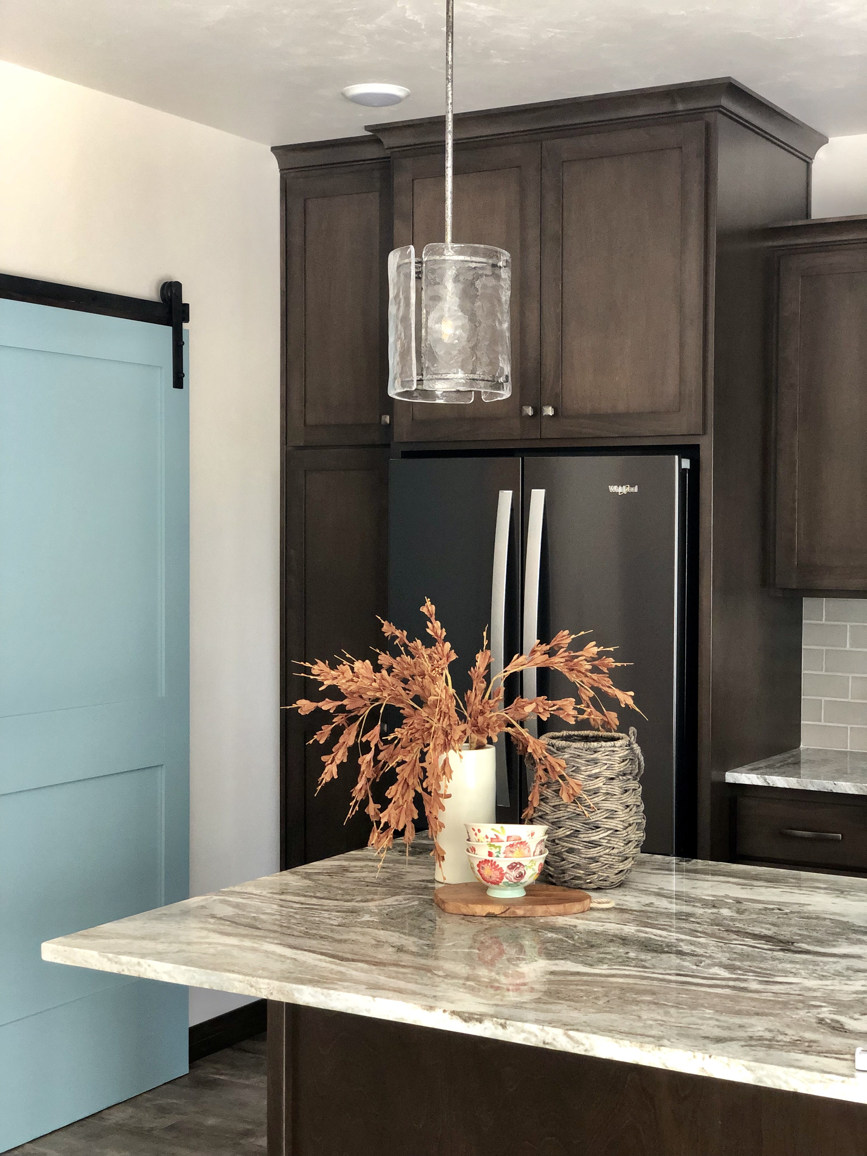 fantasy brown marble kitchen image