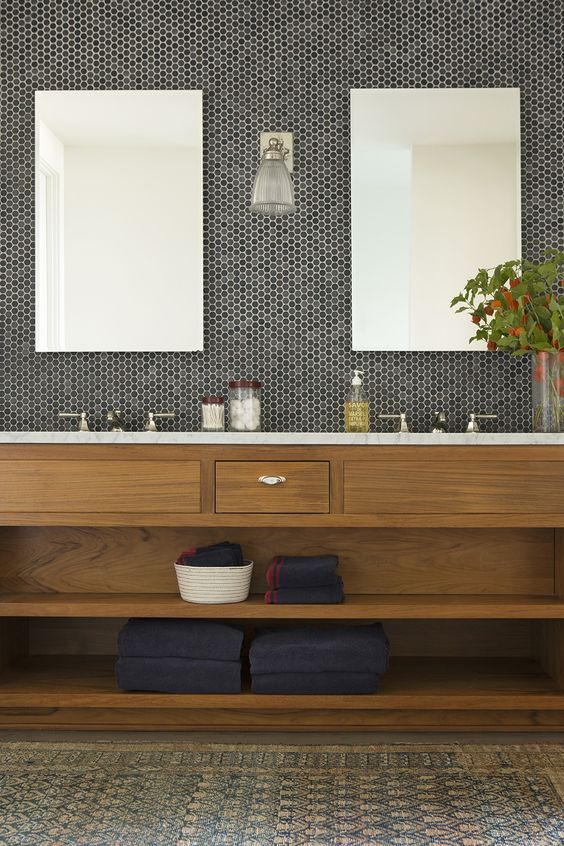 21-natural-bathroom-with-black-and-grey-penny-tiles-in-the-sink-area